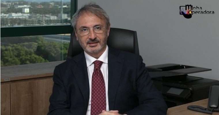 Vice-presidente da TIM recebe homenagem do Exército Brasileiro