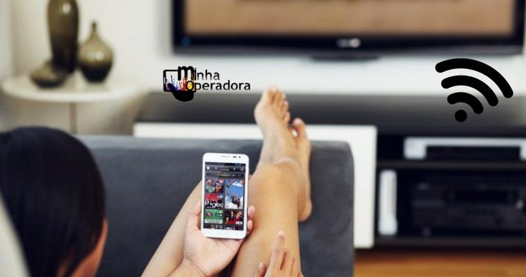 Acessos de telefonia, TV paga e banda larga caem pelo terceiro ano