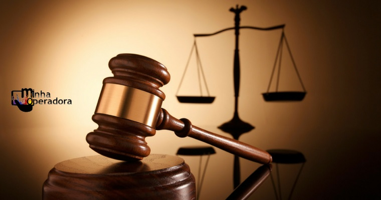 Cliente processa a Vivo, mas acaba sendo condenado por juiz