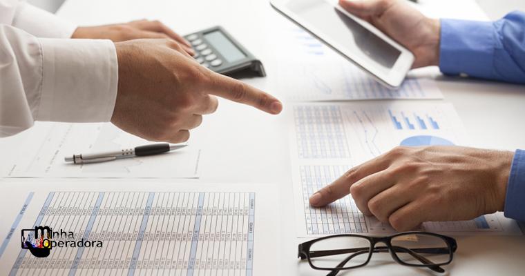 Anatel abre consulta pública para revisão de regras de cobrança