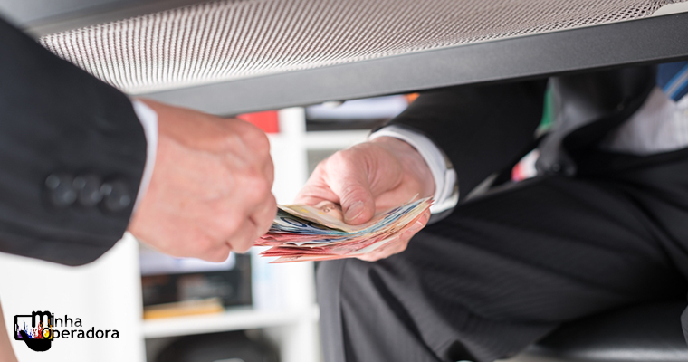 Delator relata pagamento de propina entre a Oi e o Governo do RJ