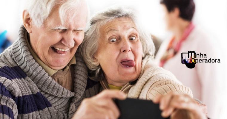 Dia dos Avós: TIM levanta dados sobre clientes acima de 60 anos
