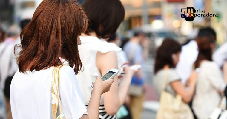 Anatel notifica operadoras por serviços ruins
