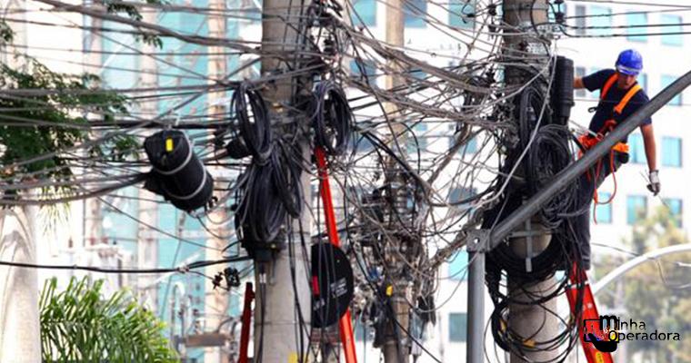 Eletropaulo enterra fios em 13 ruas de São Paulo