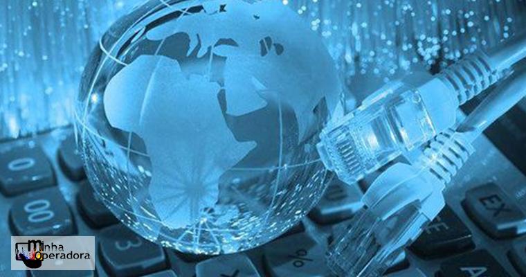 Serviços de informação e comunicação sobem 2,5%, segundo IBGE