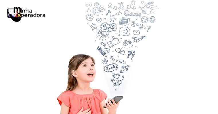85% das crianças e adolescentes brasileiros já acessam a internet