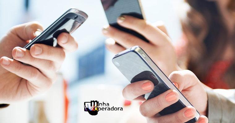 98,2% da população têm acesso aos serviços de celular