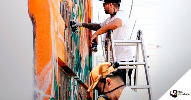 Fachada de loja da Nextel no RJ recebe um belo grafite