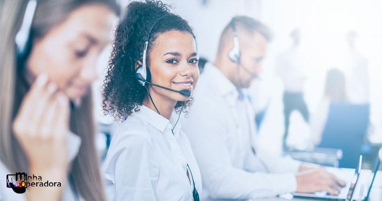 Companhia abre 700 vagas para atendentes de call center