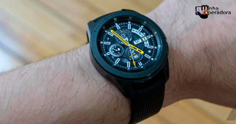 Claro inicia venda do Galaxy Watch com 4G