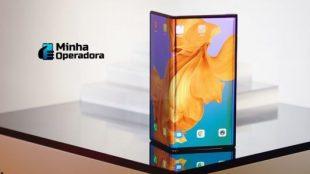 Huawei desiste de lançar celular com tela dobrável