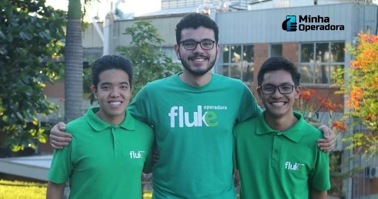 Yuki Kuramoto, Marcos Júnior e Matheus Uema, três dos universitários que criaram a Fluke Operadora