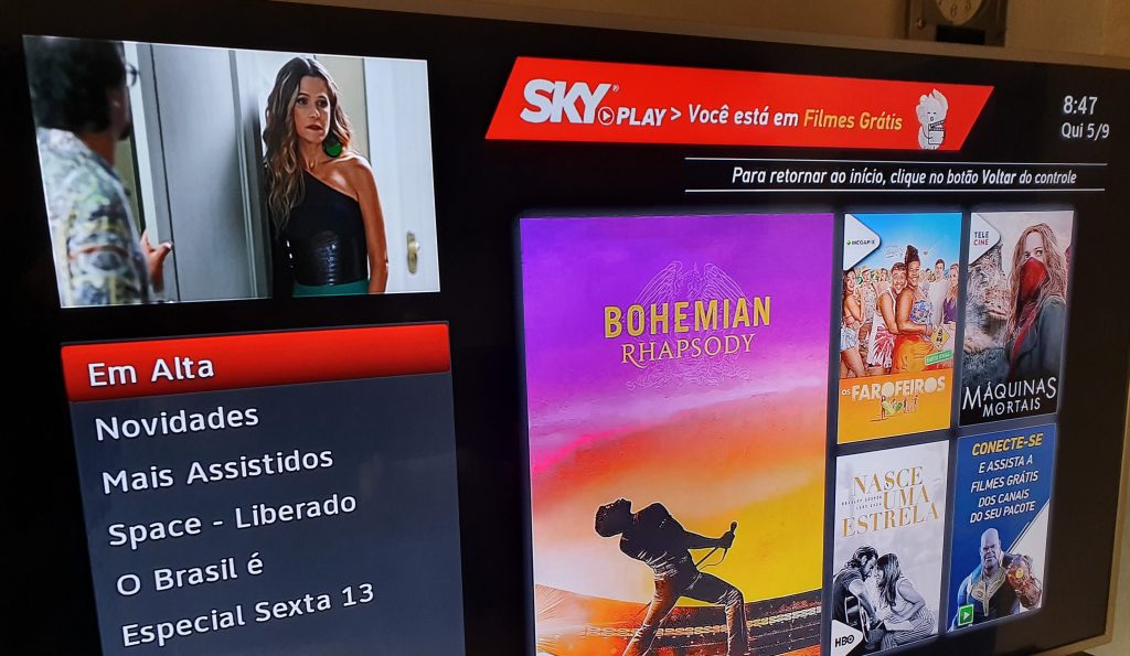Menu de filmes gratuitos do SKY Play na TV
