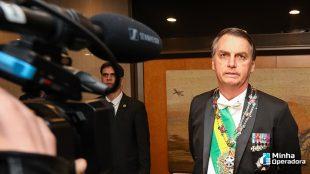 Bolsonaro viaja para a China, mas 5G está fora do radar