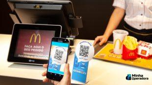 pagando no Mc Donald's com código QR via Mercado Pago