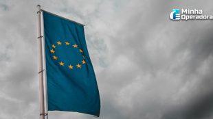 Comissário da União Europeia chama de 'blefe' as ameaças de Trump
