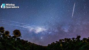 Satélites da Starlink poderão ser vistos nesta madrugada no Brasil