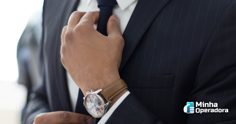 Telefónica Vivo contrata banco para revisar seus ativos