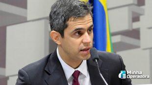 Presidente da Anatel defende menos punições para as operadoras