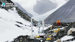 China Mobile instala antena 5G no Monte Everest