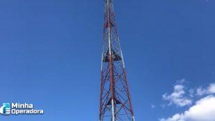 Homem morre após cair de torre de telefonia