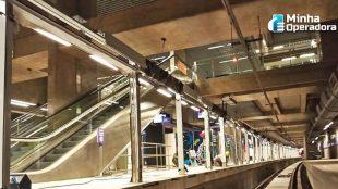 Metrô de SP culpa operadoras por falta de sinal em túneis