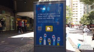 TIM disponibiliza álcool em gel em pontos de ônibus de BH