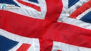 Reino Unido pretende acelerar retirada da Huawei de suas redes