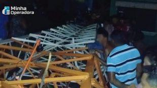 Torre de telefonia desaba sobre casa e deixa feridos no Pará