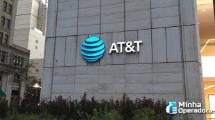 AT&T acumula prejuízo bilionário no último trimestre