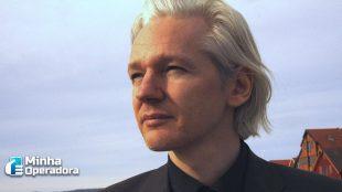 Justiça do Reino Unido nega pedido de extradição de Julian Assange