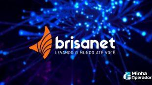 Logotipo da Brisanet em um fundo azul.