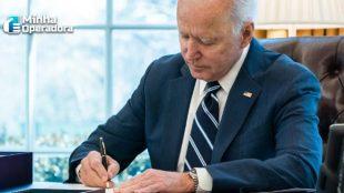 Biden impõe restrições mais rígidas à Huawei