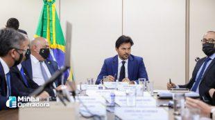 Fábio Faria pede estudo para incluir EBC em programa de privatização