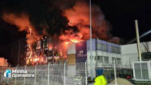 Milhões de sites saem do ar após incêndio na França