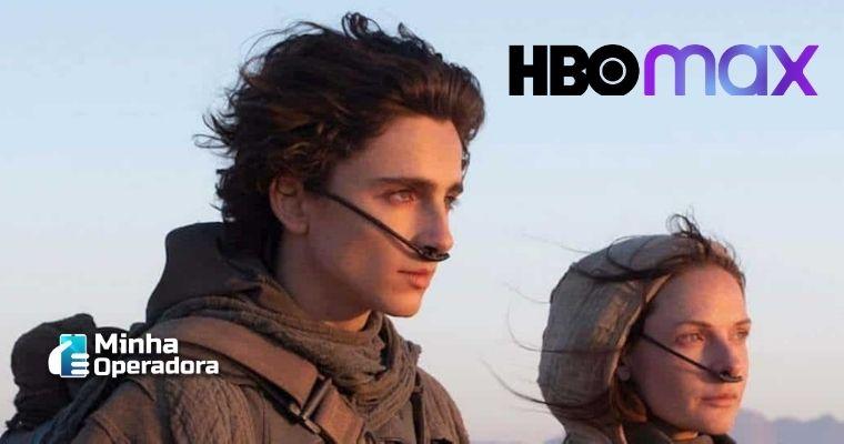 Imagem de dois personagens do filme no deserto