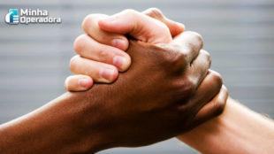 Vivo lança programa de apoio à carreira de colaboradores negros