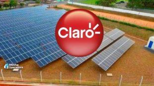 Usina de energia solar e logomarca da Claro