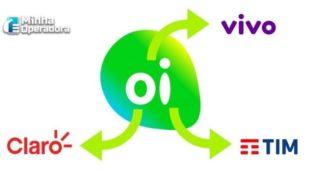 Logotipo da Oi rodeado pelos logotipos da Vivo, TIM e Claro.