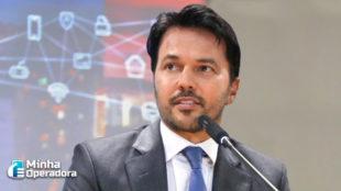'Ainda não temos 5G no Brasil', alerta Fábio Faria