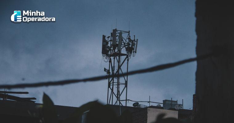 Anatel dá sinal verde para Claro criar nova empresa de torres de telefonia