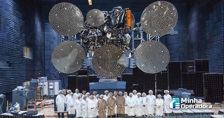 Claro lança novo satélite no final deste mês