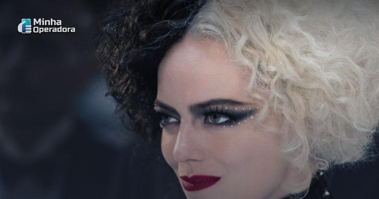 Imagem: Cena do filme Cruella, que teve sua estreia no Premier Access do Disney+. Captura de Tela