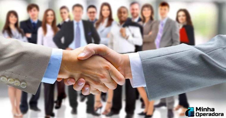 Joint Venture: América Móvil entra em sociedade com Claro Chile e VTR